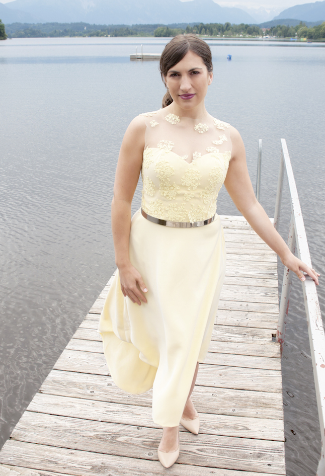 trägerloses Sommerkleid selbstgenäht mit Spitze